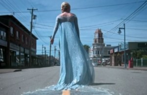 Elsa, trailing ice in Storybrooke
